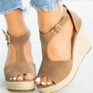 RILYN Wedge - MOCHA
